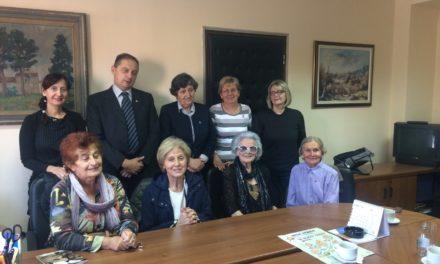 """Deset godina kampanje """"Starenje zahteva delovanje"""" (ADA) obeleženo posetom starijih žena Ministarstvu za rad, zapošljavanje, boračka i socijalna pitanja"""