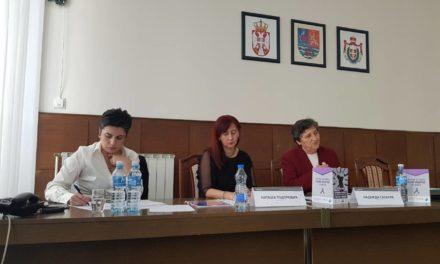 """Članice mreže HumanaS na konferenciji """"Šest meseci primene Zakona o sprečavanju nasilja u porodici"""""""