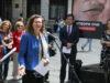 foto-euinfonet-crveni-krst-srbije-izloba-otvori-oi-knez-mihailova-austrijska-ambasada